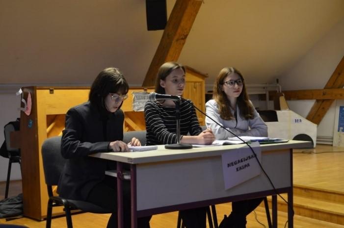 Debatni klub 1